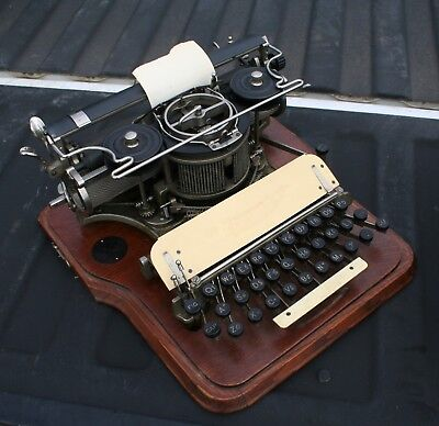 HAMMOND No.12 Typewriter with Oak Wooden Case
