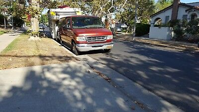 2001 Ford E-Series Van  Ford econoline chateau