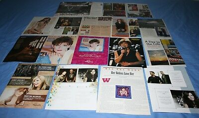 LOT of 15+ MARTINA McBRIDE Promo Magazine Article Photo Clippings