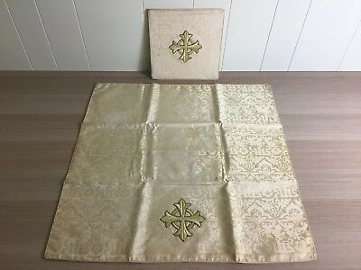 GOLD & WHITE CHALICE VEIL AND BURSE + Altar Vestment