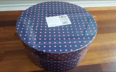 Set of 4 nested gift / hat boxes