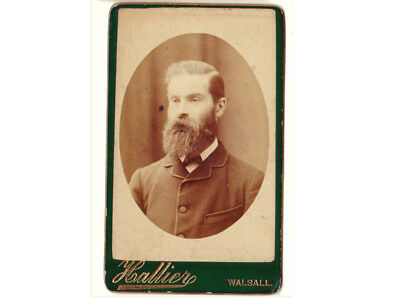 1880s CDV photograph, handsome man with large beard, oval frame carte de visite