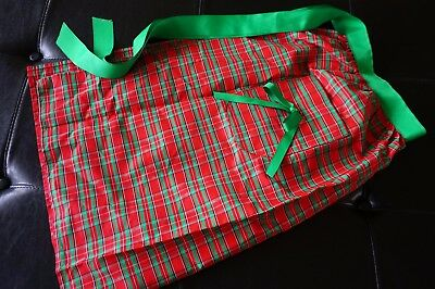 CHRISTMAS Holiday Hostess Half Apron Judys Things Meal Gathering Plaid Red Green