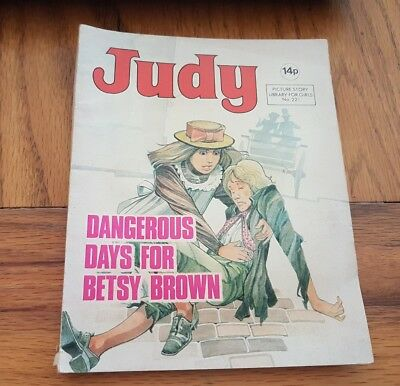 JUDY PICTURE STORY LIBRARY FOR GIRLS No.221 DANGEROUS DAYS FOR BETSY BROWN