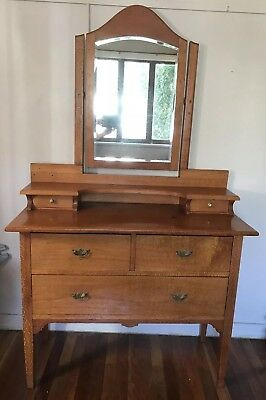 Silky Oak Antique Dressing Table