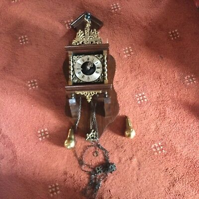 Antique Large Wooden CHIMING NU ELCK SYN SIN Wall Clock Brass Weights