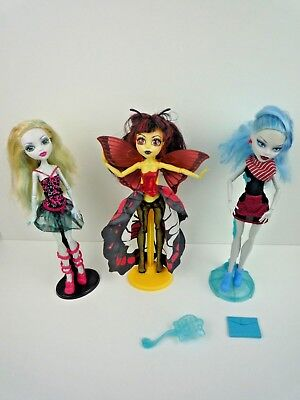 Monster High Dolls Bundle Of 3 Dolls With Outfits & Stands