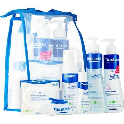 Mustela Newborn Arrival Gift Set, Baby Bathtime & Skin Care Essentials, 6 Items