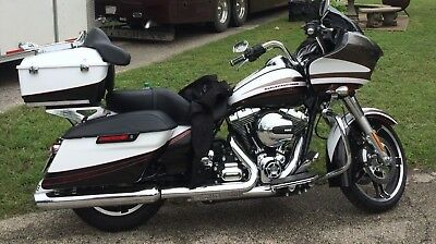 2015 Harley-Davidson Touring  2015 Harley Road Glide Special # 70/150 paint