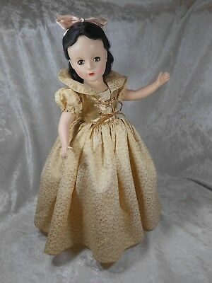 "Vintage 1952 Only - Madame Alexander 15"" HP ""Walt Disney's SNOW WHITE"""
