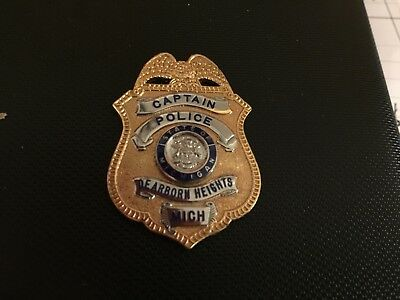 1/2 Size Wallet Badge Dearborn Heights Mi Police Captain