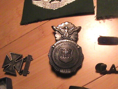 Korean War Soldiers Collection Patches Lighter Airforce Police Badge Medal More