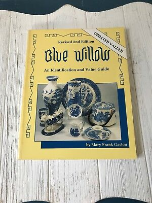 Blue Willow Dinnerware Collectibles Reference Book Guide Soft Cover 1996 Updated