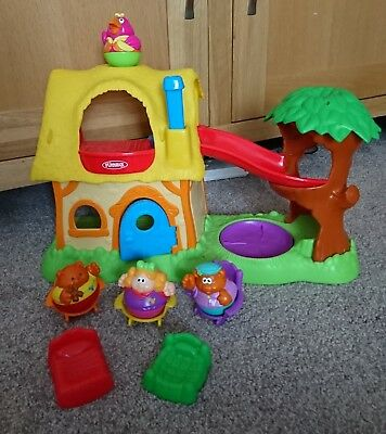 Playskool Weebles Wobble Tree House With Slide 4 Character's, 2 beds, 3 chairs
