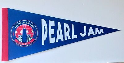 Pearl Jam Wrigley Field pennant chicago cubs 2018 concert tour new