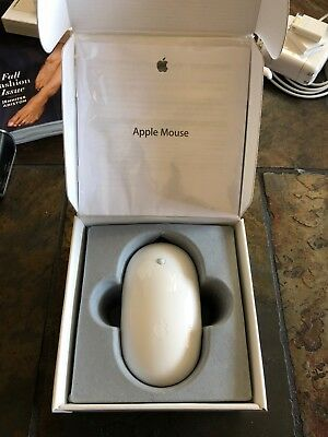 MUST SEE: Apple Mouse (MB112LL/B), Excellent Condition