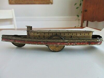 antique tin toy,river boat,VERY OLD,FOR PARTS ONLY,NEAT LOOKING EVEN AS IS
