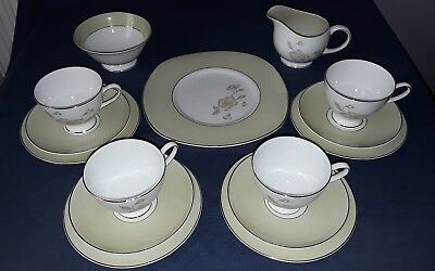Susie Cooper Wild Rose, Teaset A1 Condition.
