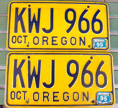 Vintage-Late 70-80's OREGON LICENSE PLATE PAIR SET EXPIRED