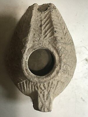Ancient holy land terra-cotta Oil lamp from hundred AD with great design
