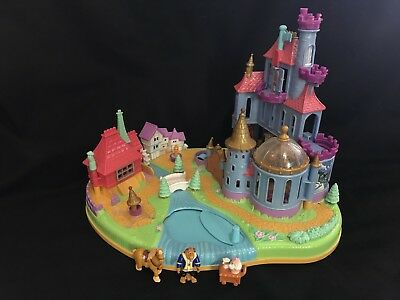 Vintage polly pocket  1997 Beauty and the beast castle plus figures DISNEY