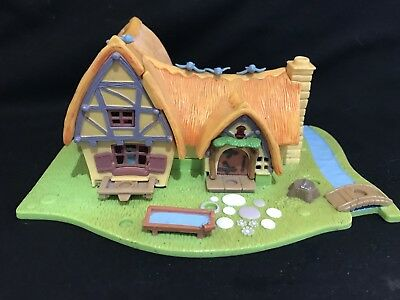 Vintage polly pocket  1995 Snow white cottage light up  PLAYSET No Figure