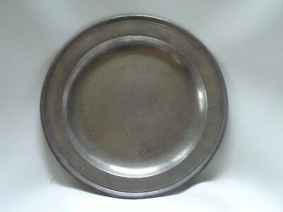 Fine Antique English pewter plate by Richard King, London
