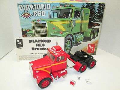 1970'S AMT DIAMOND REO TRUCK TRACTOR T537 BUILT-UP MODEL KIT with ORIGINAL BOX