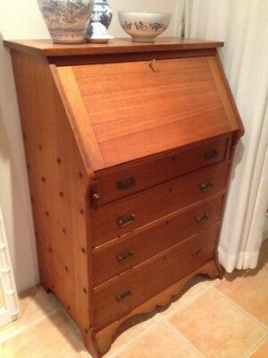 Antique  Secretaire Bureau. Solid oak, beautiful warm colour and grain.