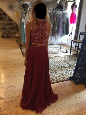 Milano Formal size 2 Long Homecoming Dress (NEVER WORN)