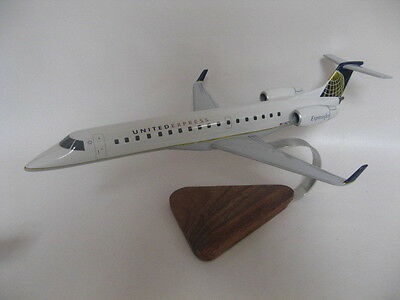 Embraer EMB-145 ERJ-145 United Express Airlines Airplane Desktop Wood Model