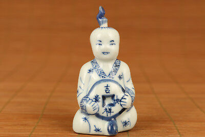 chinese old Blue And White Porcelain Hand pAINTING Eunuch Statue Snuff Bottle