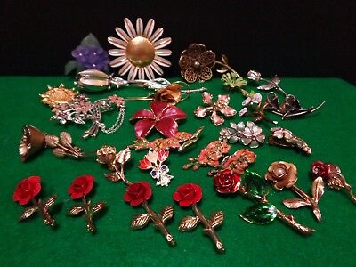 Huge lot of 24 Vintage Metal Flower Pins & 2 Pair Clip on Earrings Roses Daises
