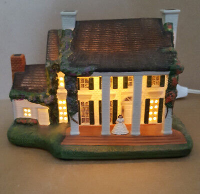 Tara Ceramic Plantation House Lights Up, Gone With The Wind By Hawthorne 1993