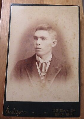 Antique Cabinet Photograph of Man with Striped Tie on Dark Card Lutger - Detroit