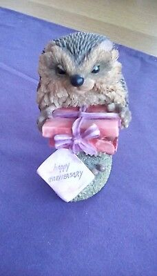 """country artists hedgies collection """"Terry"""" Happy Anniversary figurine"""
