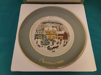 "1980 Avon Vintage Collectible Christmas Plate ""Country Christmas"""