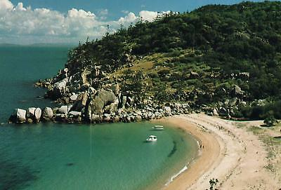GEOFFREY BAY MAGNETIC ISLAND TOWNSVILLE QLD POSTCARD 27c PREPAID NEW & PERFECT