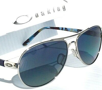 9adfb09b23 NEW  OAKLEY TIE BREAKER Silver AVIATOR w POLARIZED Grey Women s Sunglass  4108-02