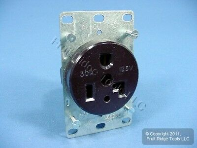 Cooper Commercial Straight Blade Power Receptacle Outlet NEMA 5-30 30A 125V 1233