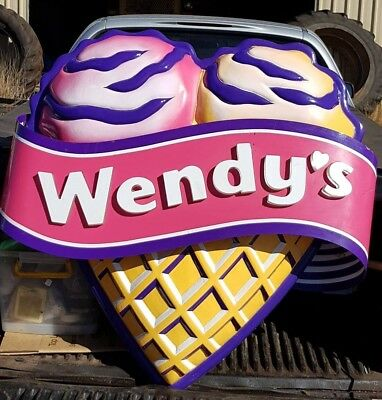 Old Wendy's Supa Sundaes neon sign. Clean and good condition. Neon lights work