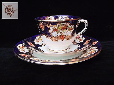 Royal Albert HEIRLOOM Crown 3pc Trio Tea Cup Saucer & Plate England 1st c1925
