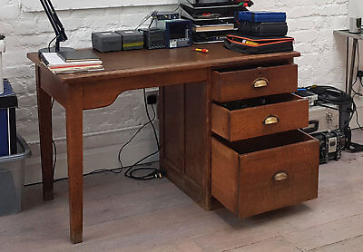 Vintage 30's 40's Single Pedestal Oak Desk