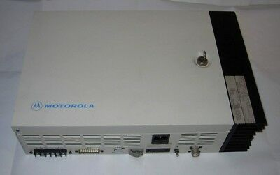 Motorola Compact 25 Watts Uhf Two Way Radio Repeater 440-470Mhz (Signal Booster)