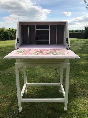 Ladies writing desk / bureau