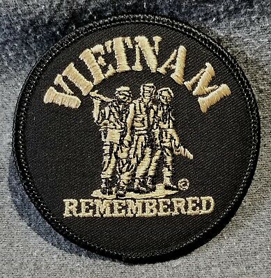LMH PATCH Badge VIETNAM REMEMBERED Memorial Military Army Marines Navy Gold