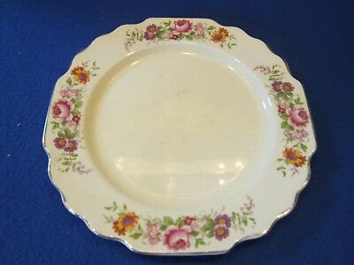 LIDO WS GEORGE CANARY TONE 882A PLATE SCALLOPED EDGE FLOWER PATTERN MADE 1930's