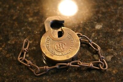 IHC International Harvester Company Vintage Pancake Lock PADLOCK EAGLE LOCK CO