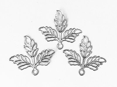 30 Antique Silver Plated Large Filigree 3 Leaf Pendant Findings 66285