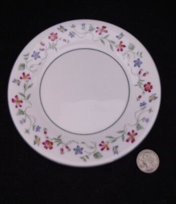 """Royal Doulton  Expressions Florentina  6.5""""  Side Plate"""